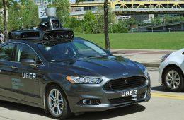 Pittsburgh en desacuerdo con Uber por vehículos autónomos